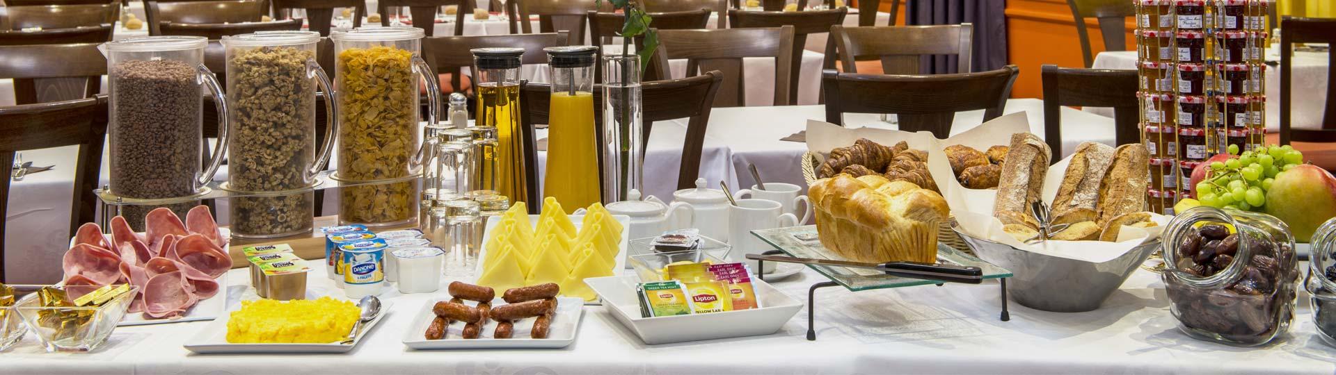 Petit déjeuner - restaurant hotel Provinces Opéra