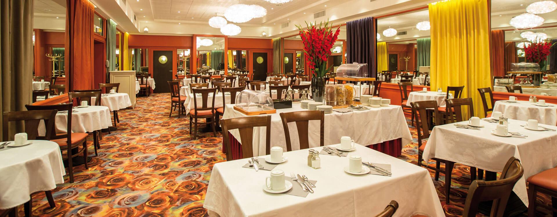 Restaurant - Hôtel*** Paris Provinces Opéra